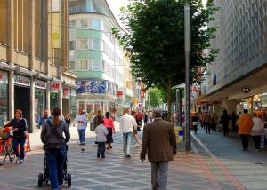 pedestrian-zone-347468_1920